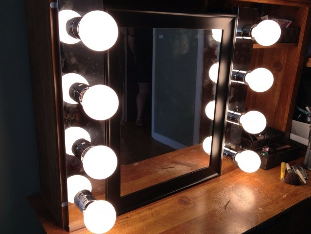 Lighted Makeup Mirror Canada