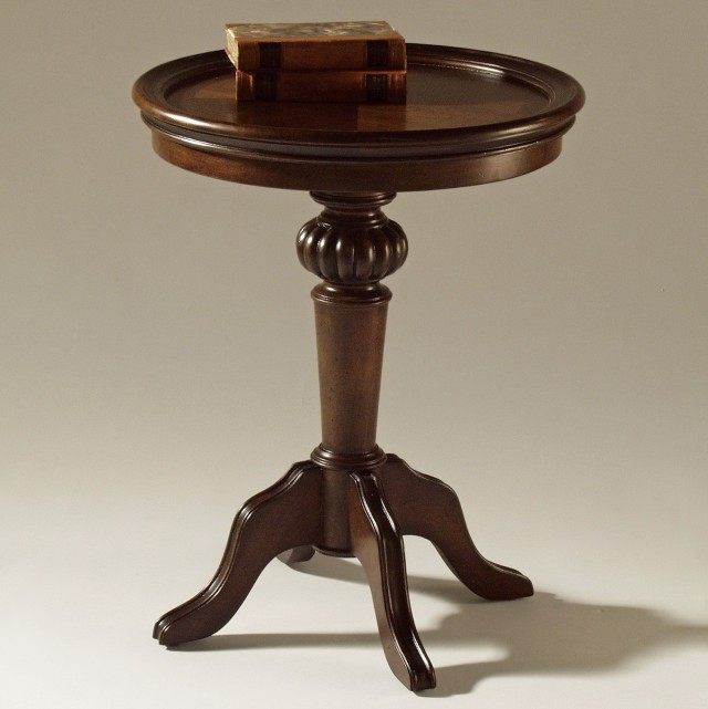 Pedestal Side Table Wood