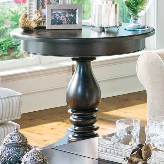 Round Side Table Decor