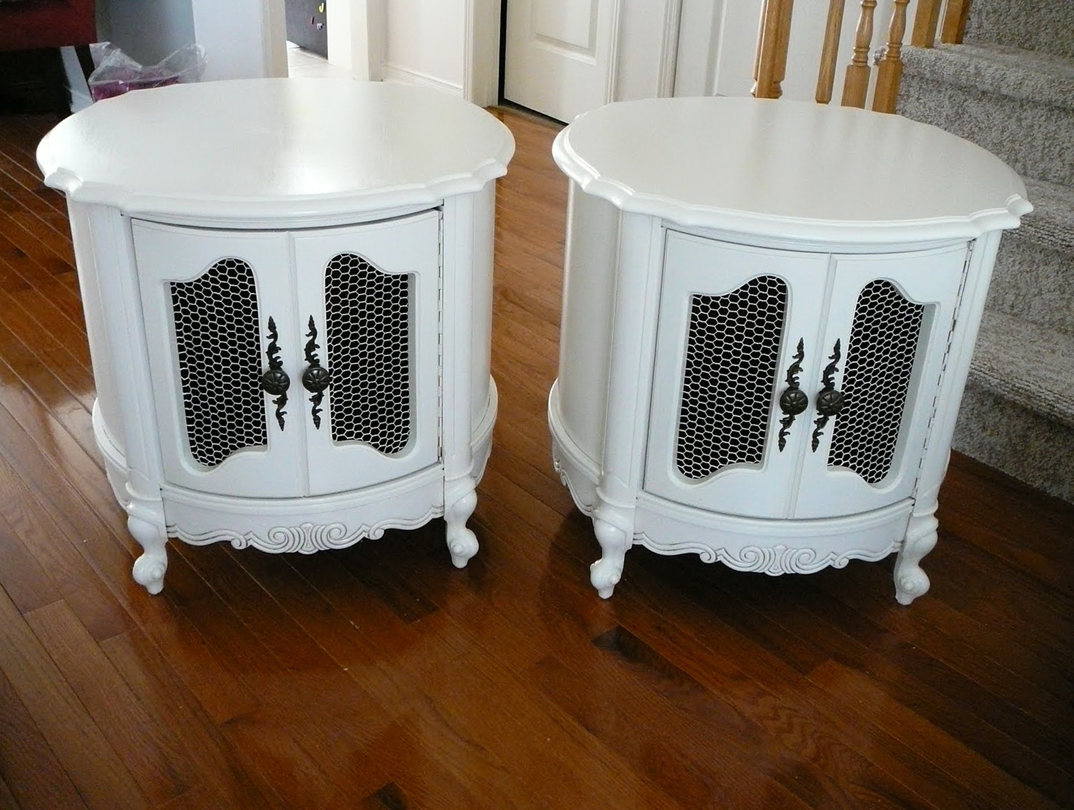 White Accent Table Canada