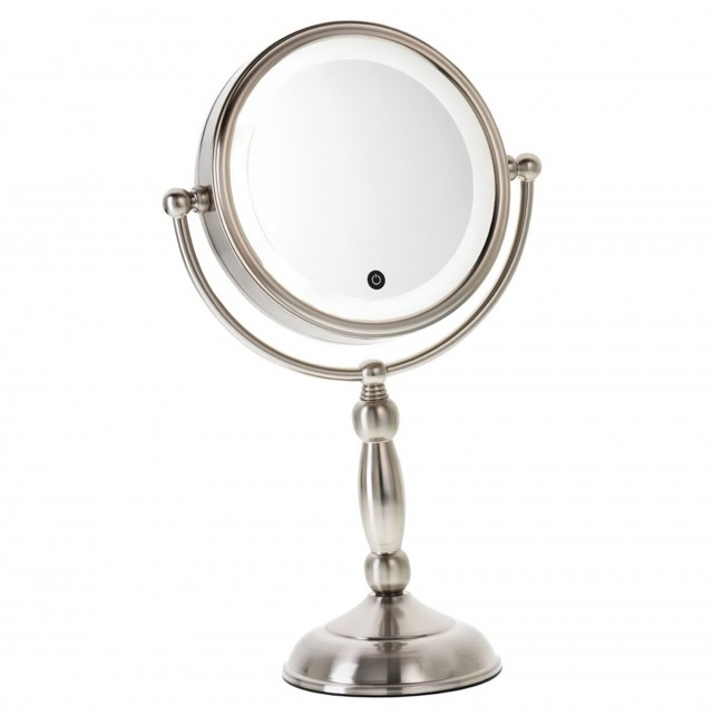 10 X Magnifying Mirror With Light