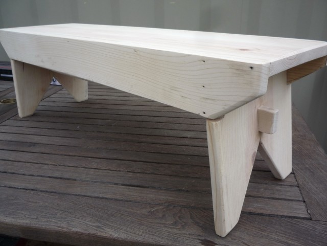 Easy Wood Bench Plans