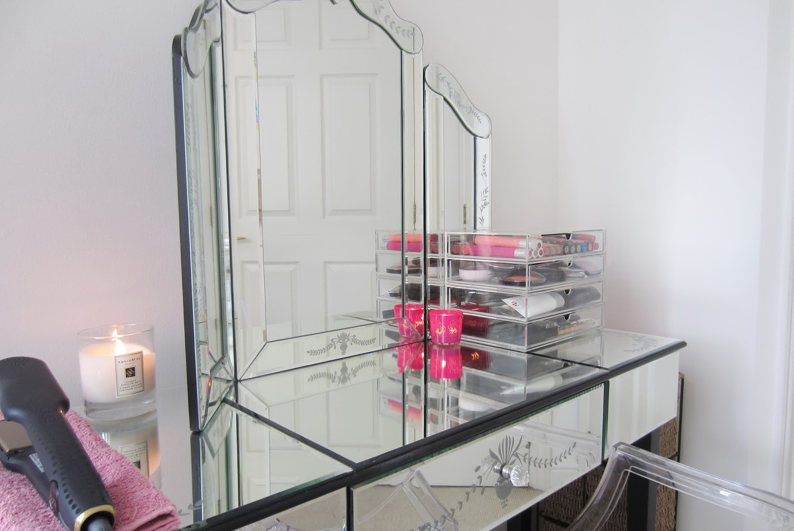 Vanity Desk With Mirror Ikea