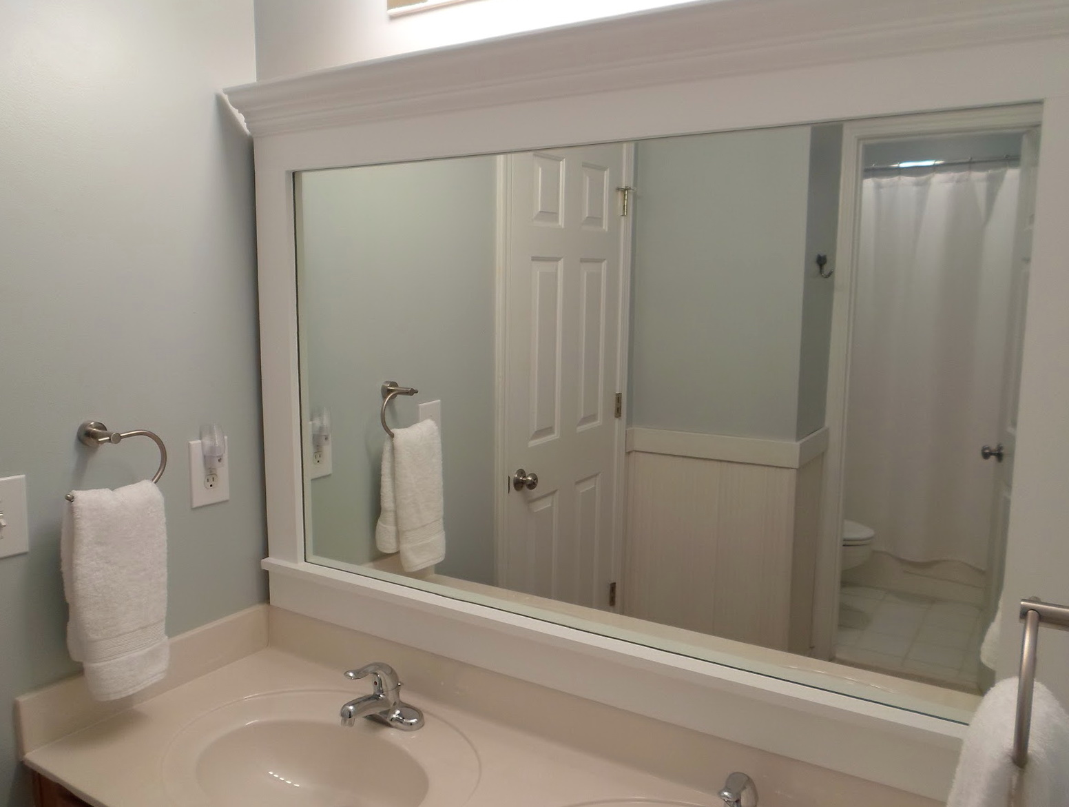 Framing A Bathroom Mirror With Clips