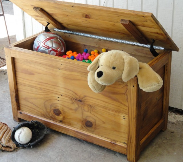 How To Build A Toy Chest Bench