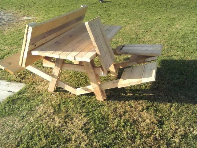 How To Make A Folding Picnic Table Bench