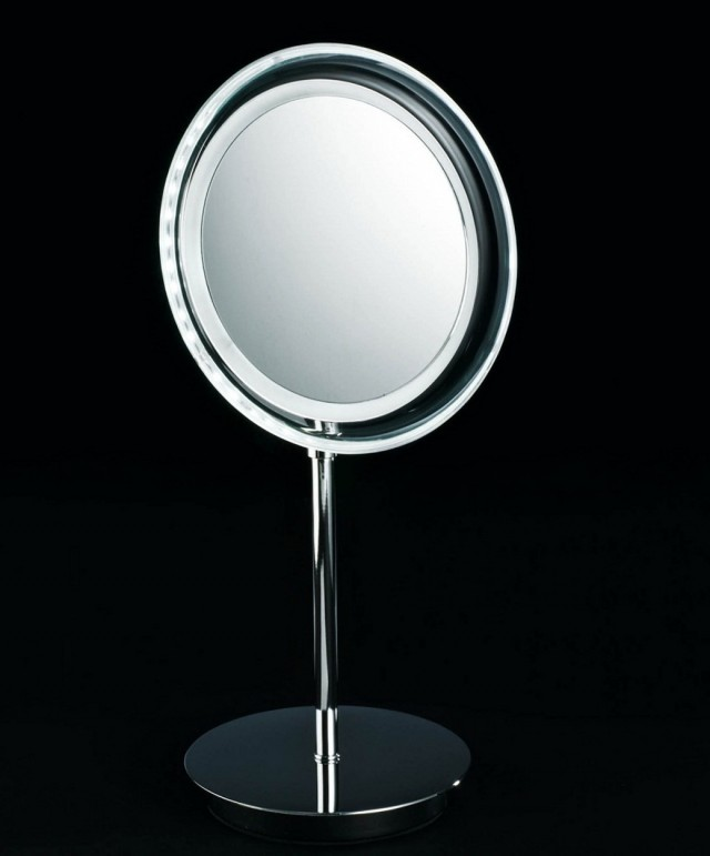 Magnifying Make Up Mirrors