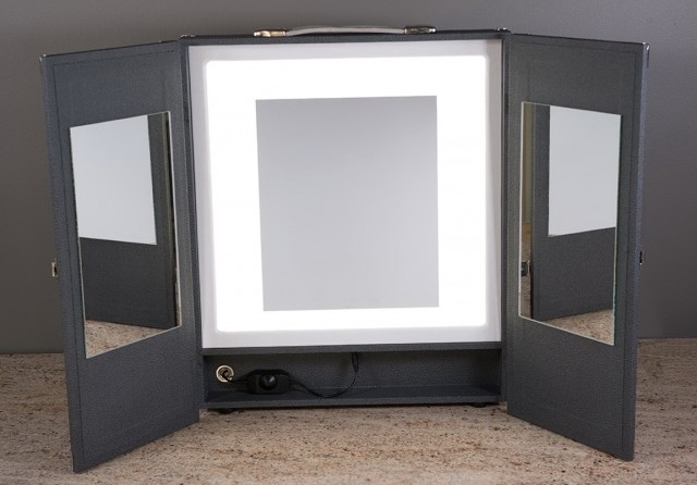 Portable Makeup Mirrors With Lights