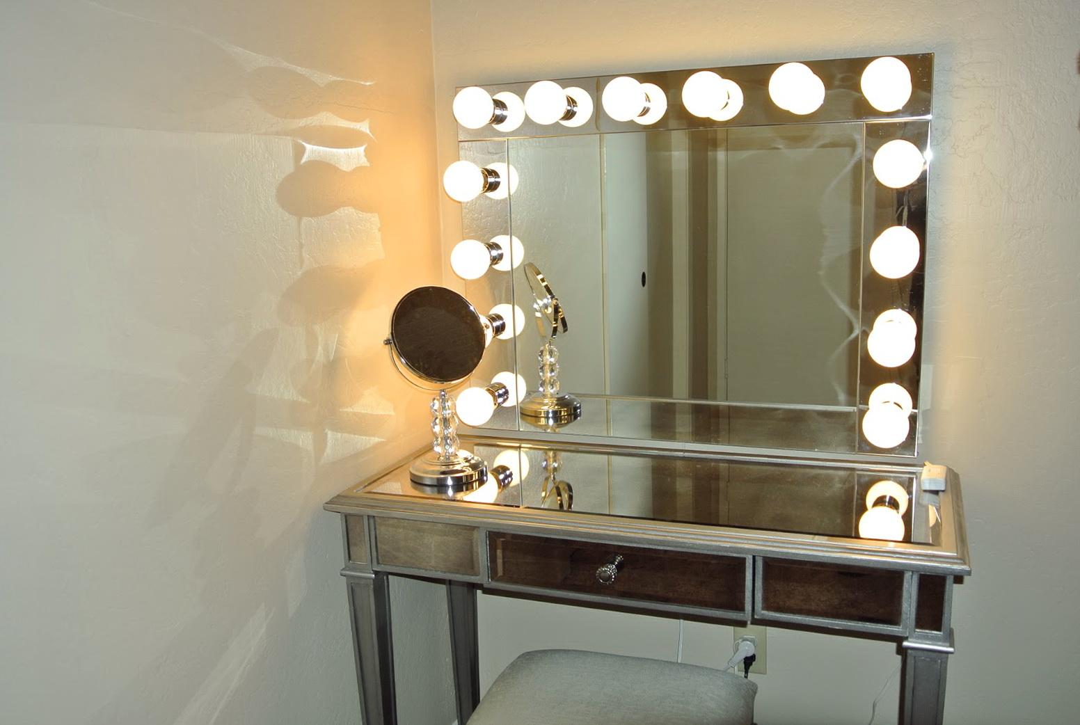 Broadway Lighted Tabletop Vanity Mirror