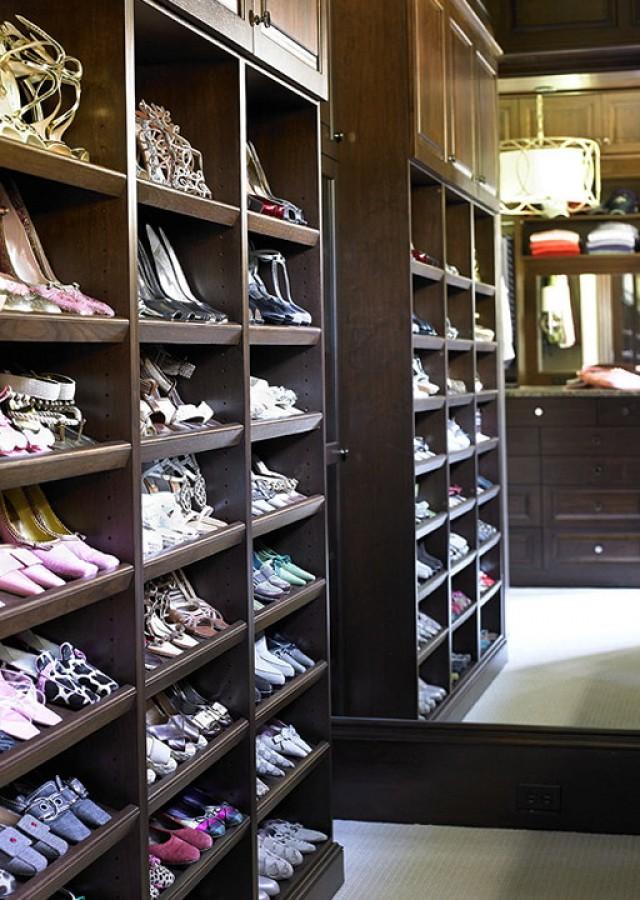 Built In Shoe Racks For Closets