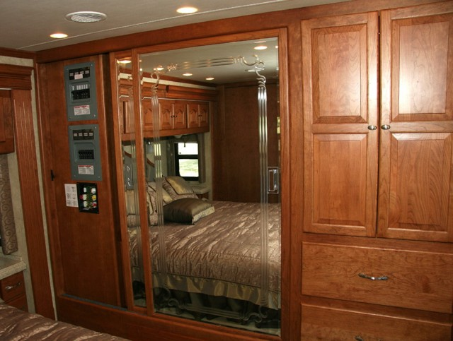 Closet Design Ideas For Bedroom