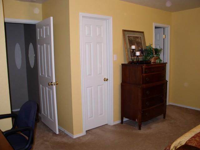 Closet Door Ideas For Bedrooms