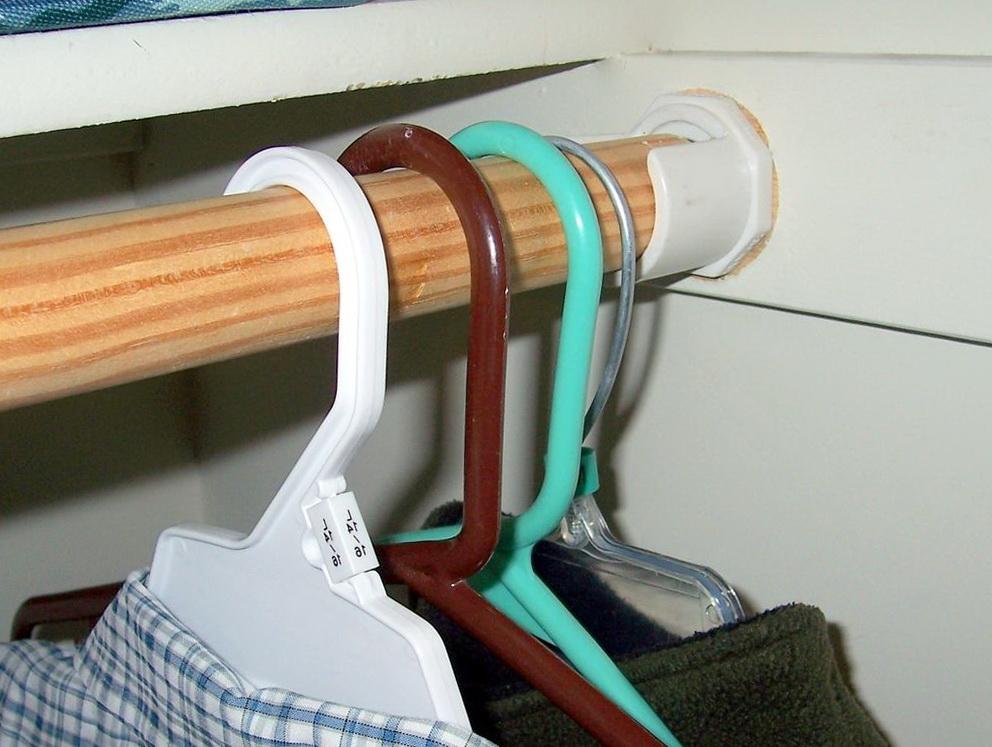 Closet Rod Bracket For Angled Wall