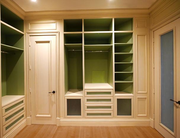 Custom Master Closet Design