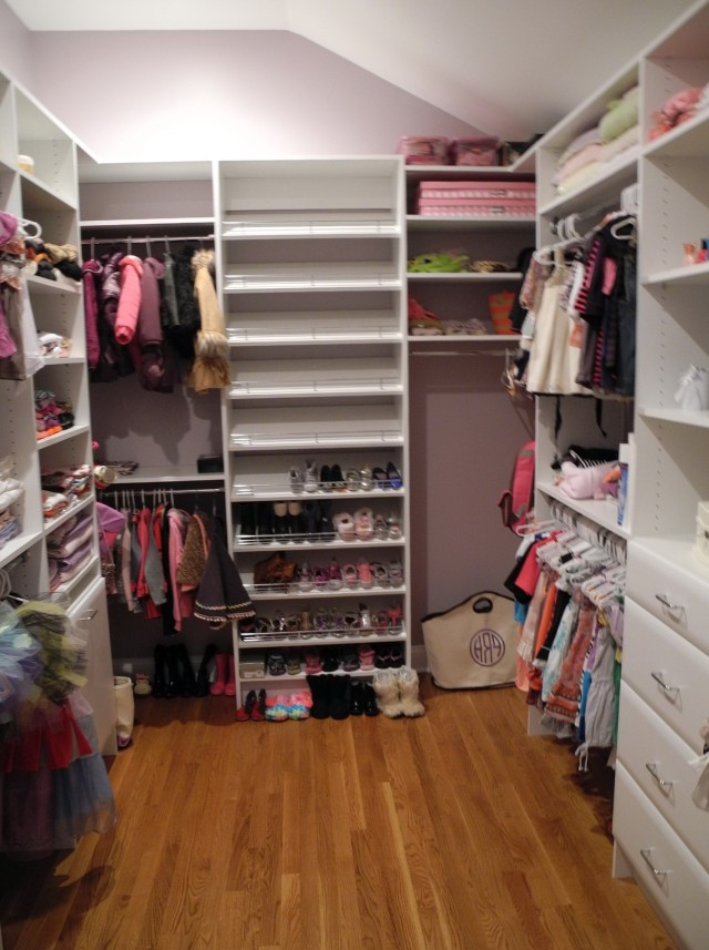Diy Walk In Closet Shelves