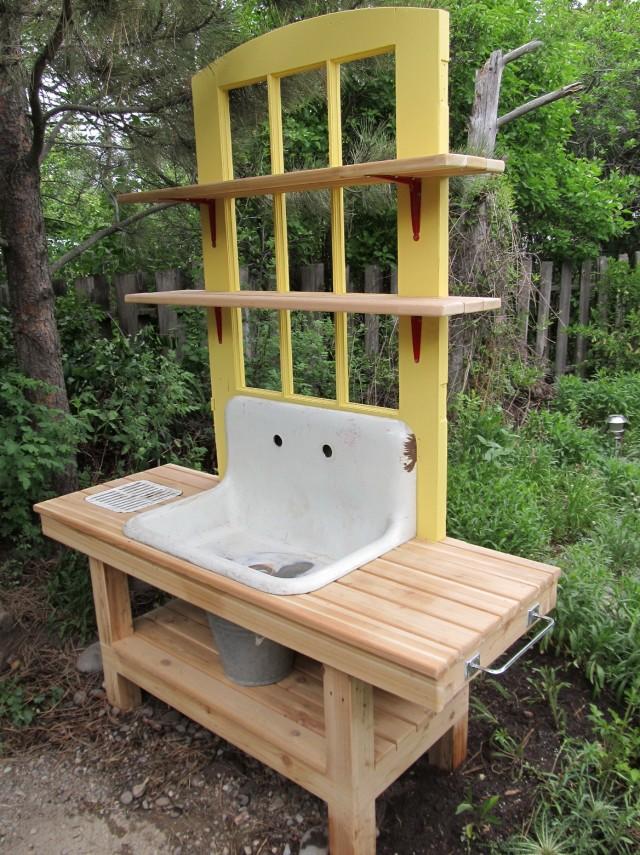 Garden Potting Bench Ideas