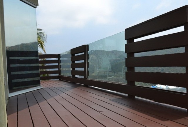 Glass Deck Railing Panels