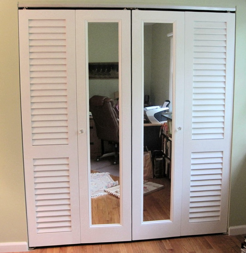 Louvered Folding Closet Doors