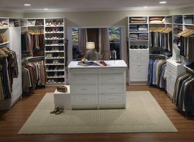 Walk In Closets Designs