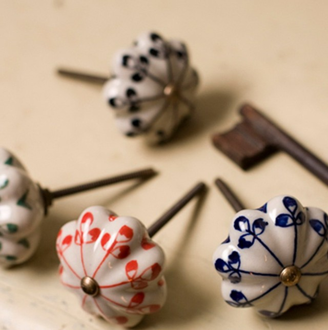Ceramic Closet Door Knobs