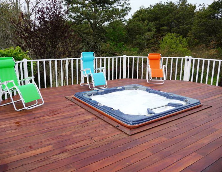 Decks With Hot Tubs Pictures
