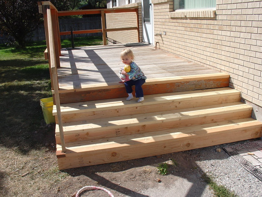 Images Of Decks With Stairs