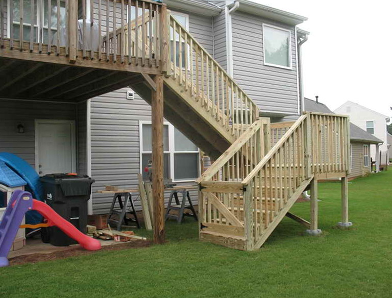Installing Deck Stair Railing
