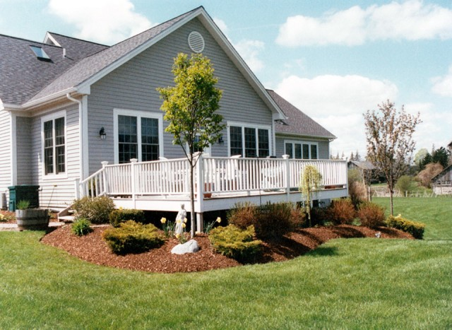 Landscaping Around Deck Pictures