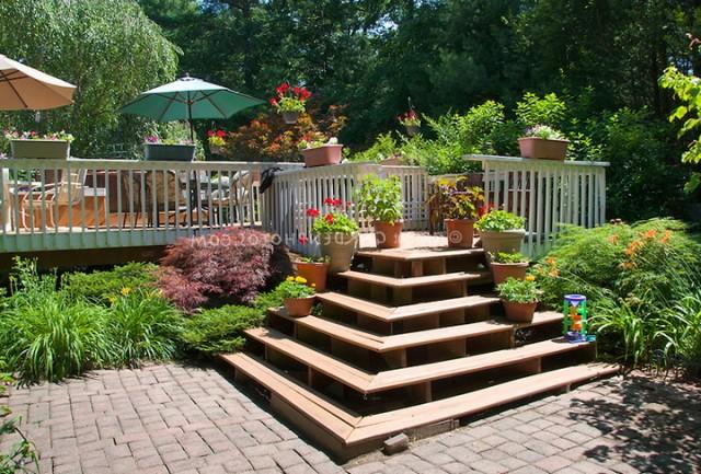 Landscaping Around Deck Stairs
