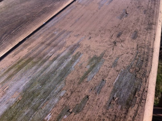Pressure Wash Deck Splinters