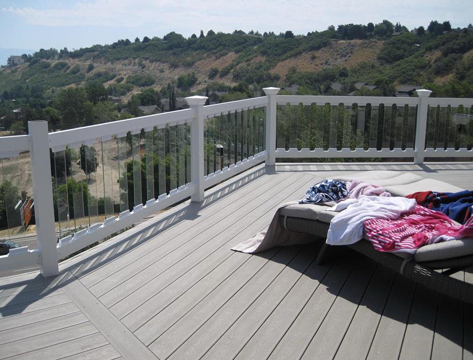 Trex Deck Glass Railing