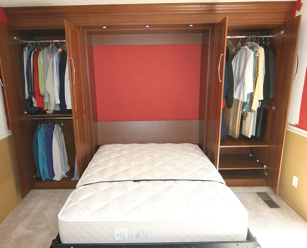 Bed In Closet Diy