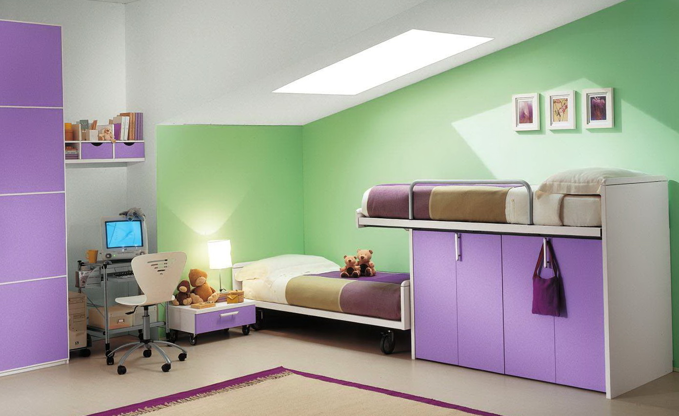 Bed In Closet Ideas