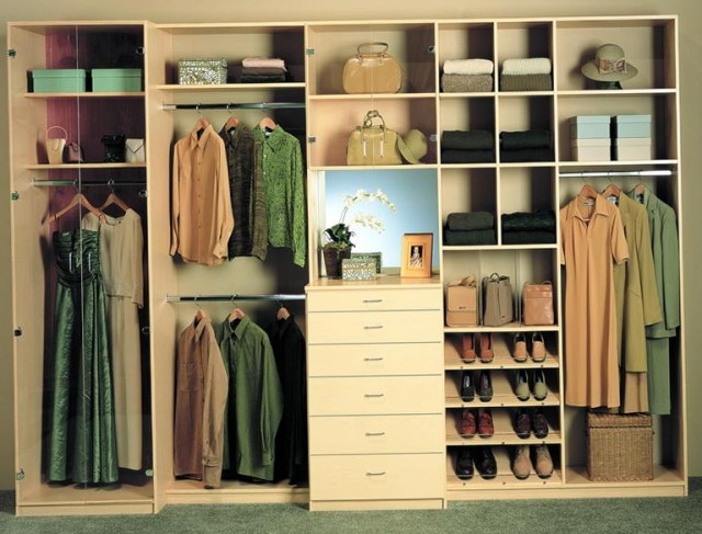 Do It Yourself Walk In Closet Plans