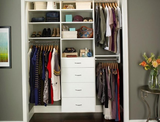 Small Walk In Closet Designs