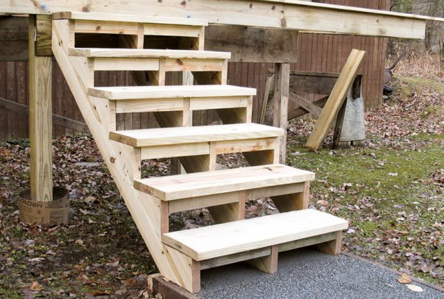 Build Deck Stairs Pre Cut Stringers