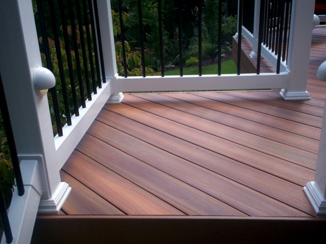 Capped Composite Decking Reviews