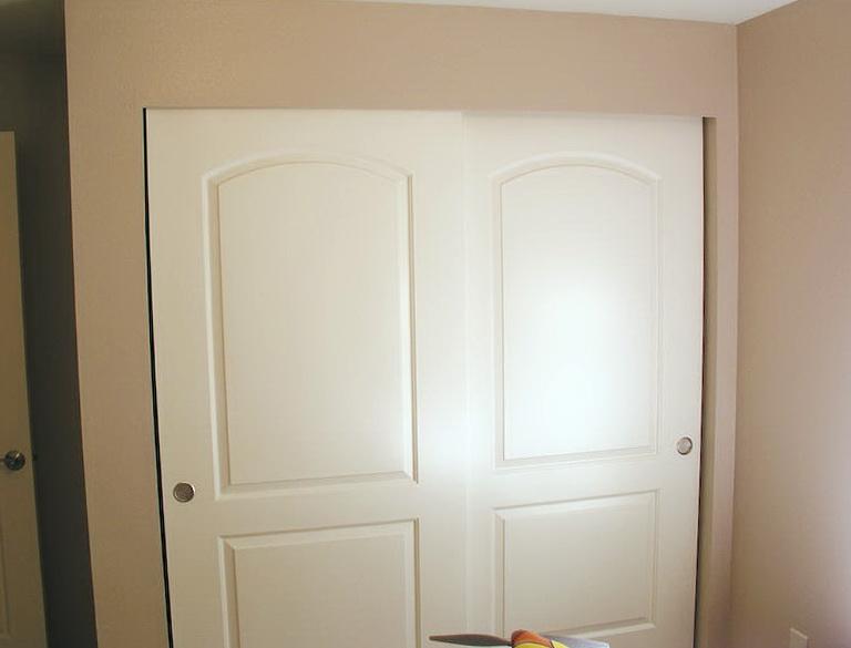 Closet Sliding Door Hardware