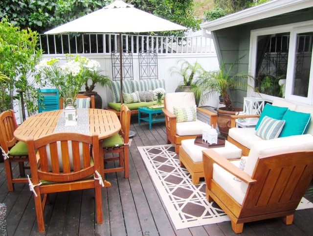 Deck Furniture Layout Ideas
