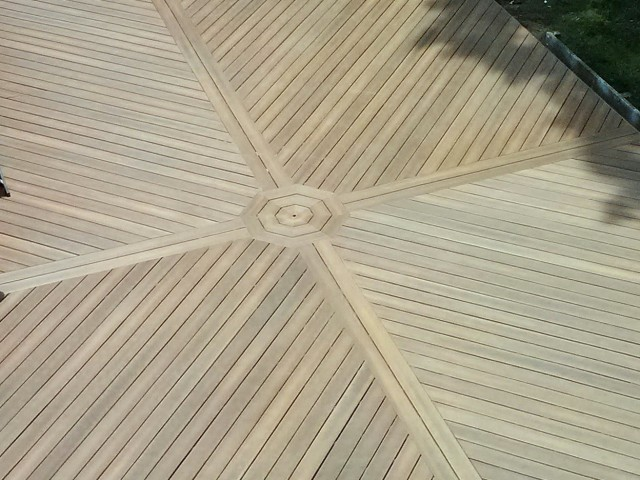 Laying Deck Boards Diagonally