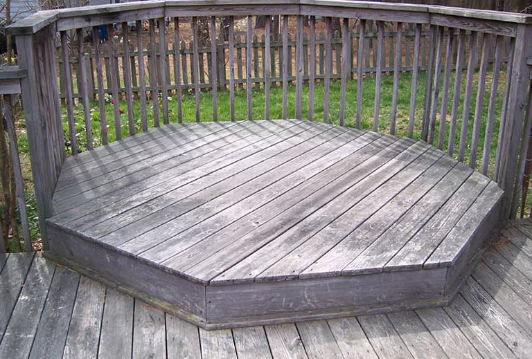 Power Wash Deck Remove Stain