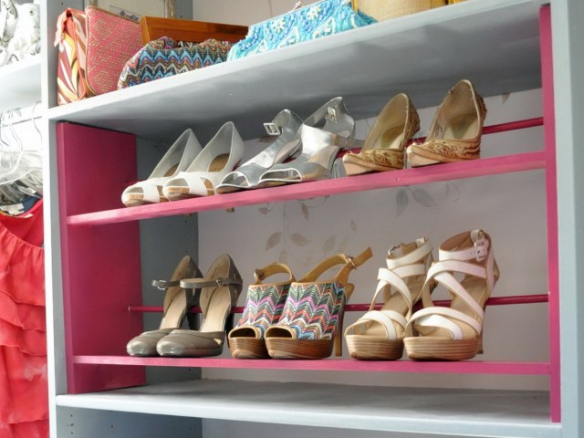 Build Shoe Rack For Closet