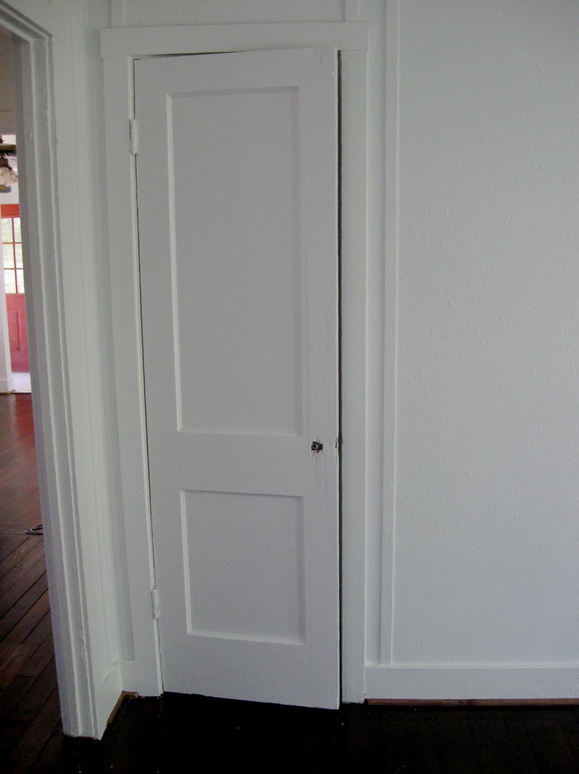 Closet Door Knob Placement