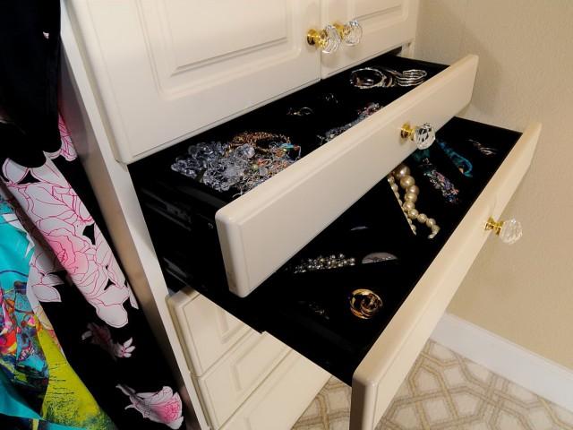 Closet Organizer Drawer
