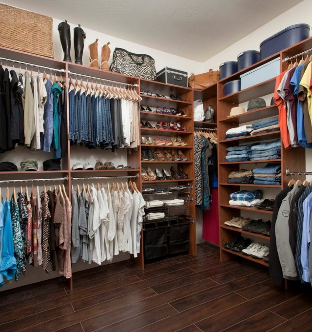 Closet Organizers For Small Walk In Closets
