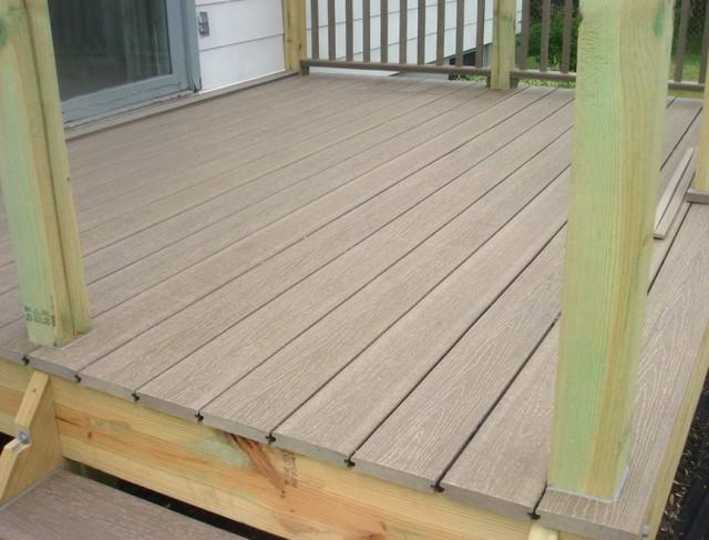 Composite Decking Materials Reviews