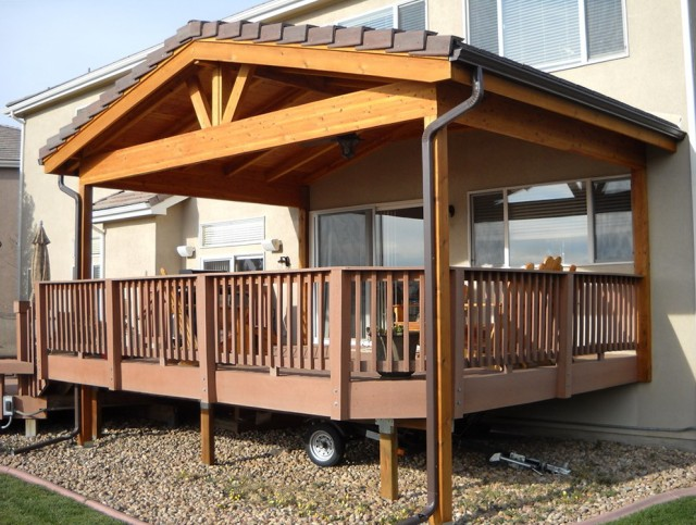 Decks With Roofs Designs