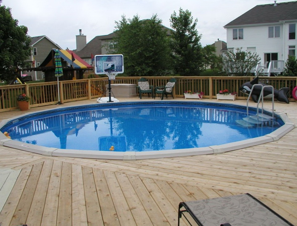 Designing A Deck Around An Above Ground Pool