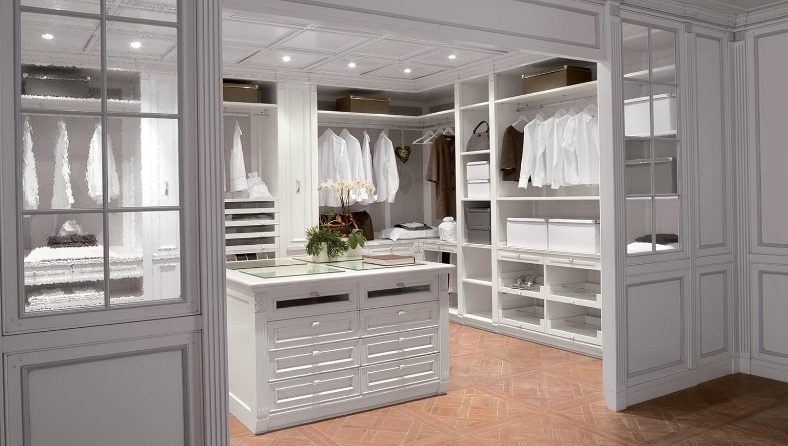 Dresser In Closet Design