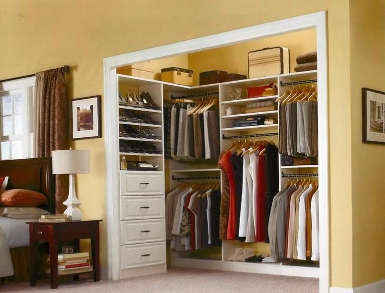 Elfa Walk In Closet Design